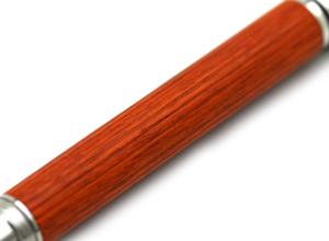 希少な木材、ペルナンブコ-2