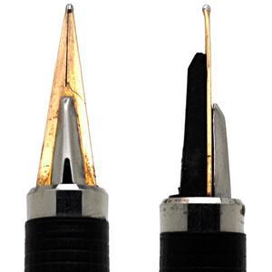 三角の形状のペン先