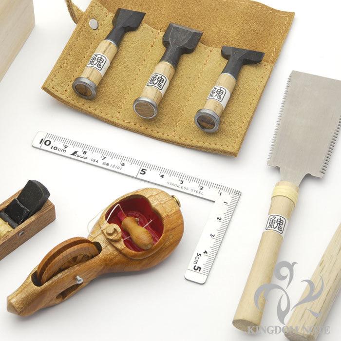 鍛冶職人の手によるミニチュア工具