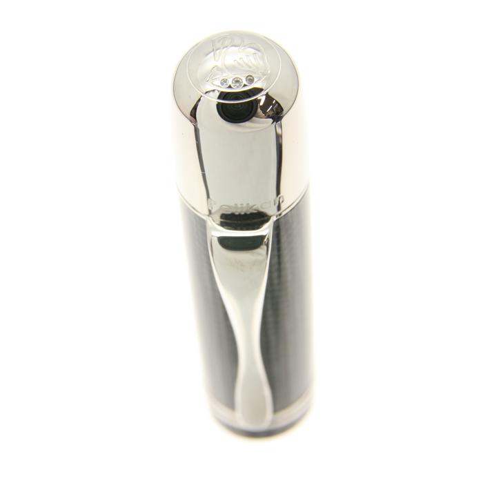 ダイヤの等級も高い、高品質なものが使用されています