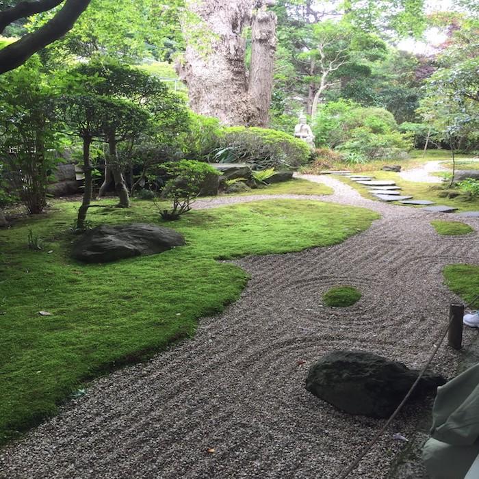 竹林も圧巻ですが、庭園も素敵でした。
